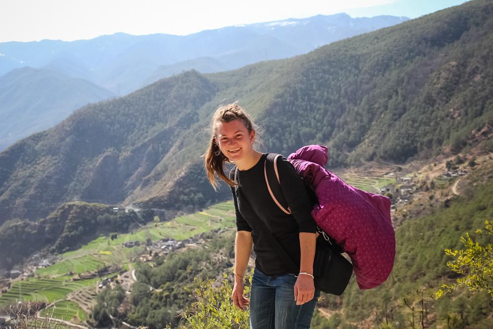 Фабияна кочует по миру уже второй год